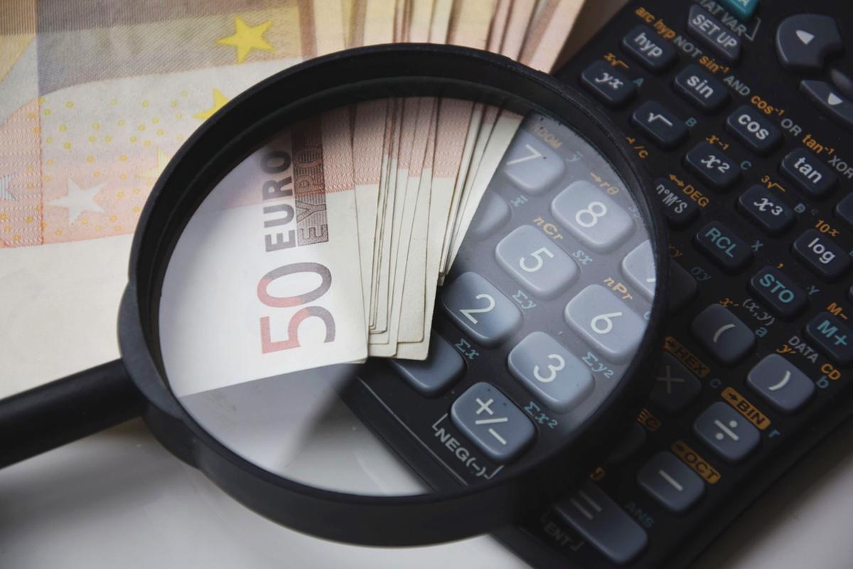 Doradcy finansowi – z jakiego powodu warto korzystać z ich usług?