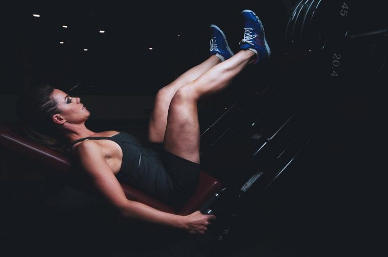 Środki na rozrost masy mięśniowej – ich działanie i efektywność
